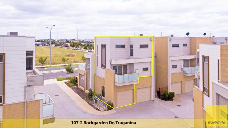 107/2 Rockgarden Drive, Truganina VIC 3029