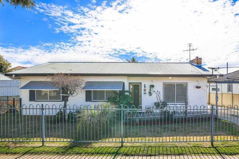 124 Robert Street, Tamworth NSW 2340