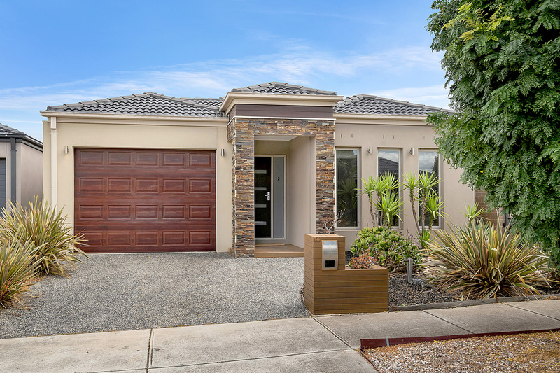 14 Brickwood Circuit, Craigieburn VIC 3064