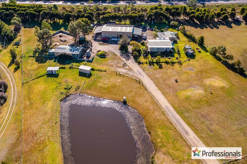 20 Pear Tree Place, Moruya NSW 2537