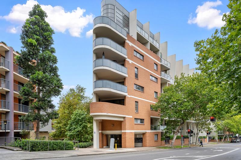 205E/138 Carillon Avenue, Newtown NSW 2042