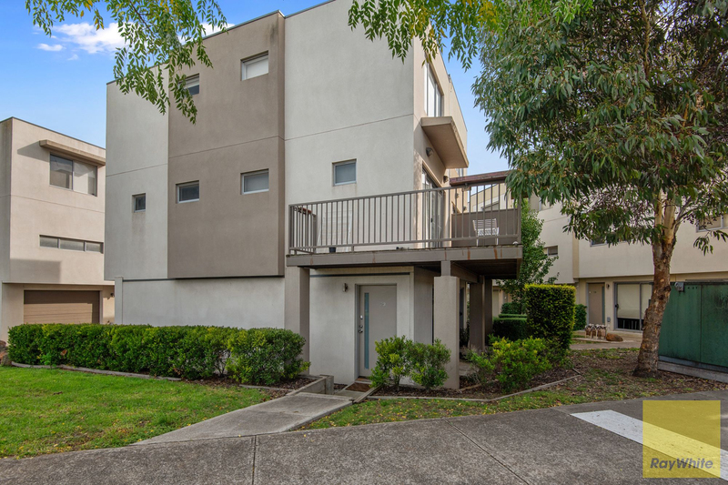 23/1 Clearwater Rise Parade, Truganina VIC 3029
