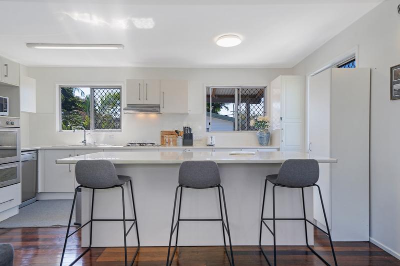 277 Victoria Avenue, Redcliffe QLD 4020