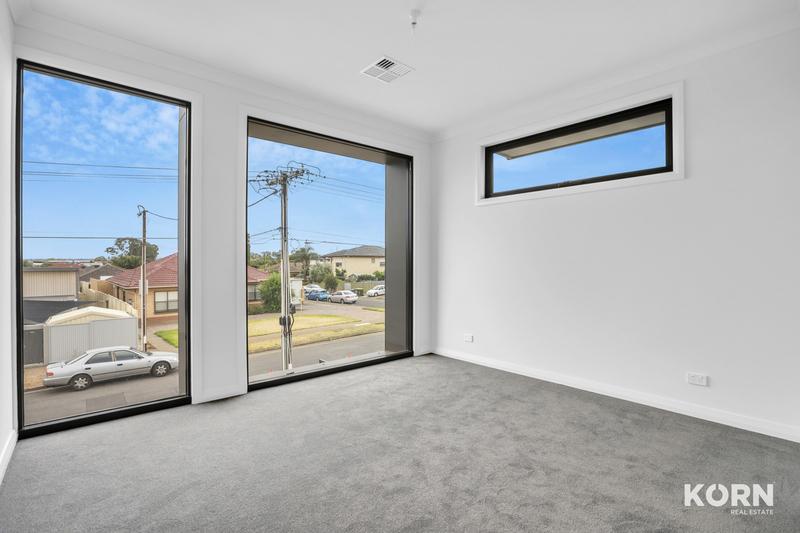 Photo - 2D Smith Street, Newton SA 5074  - Image 9