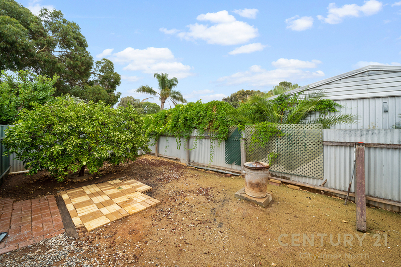 Photo - 35 Secomb Avenue, Parafield Gardens SA 5107  - Image 4