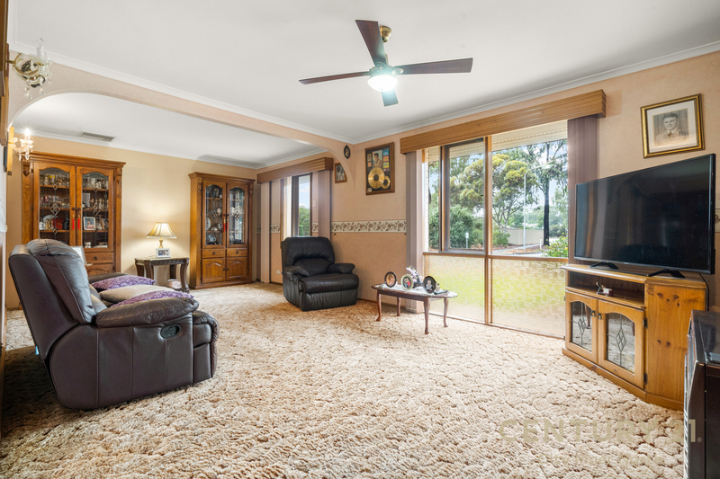 Photo - 35 Secomb Avenue, Parafield Gardens SA 5107  - Image 12