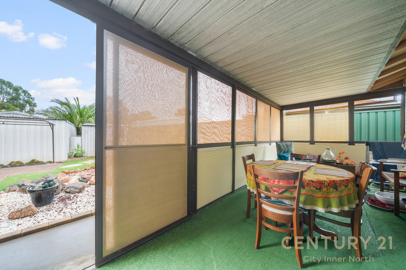 Photo - 35 Secomb Avenue, Parafield Gardens SA 5107  - Image 17