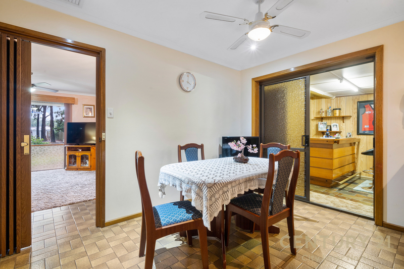 Photo - 35 Secomb Avenue, Parafield Gardens SA 5107  - Image 23