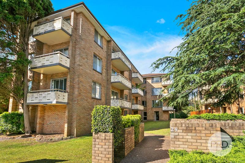 4/24 Carrington Avenue, Hurstville NSW 2220
