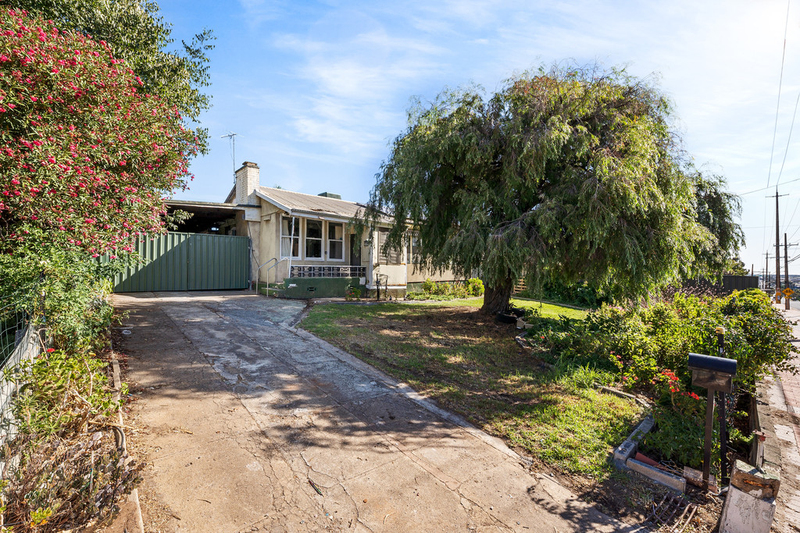 448 Grand Junction Road, Clearview SA 5085