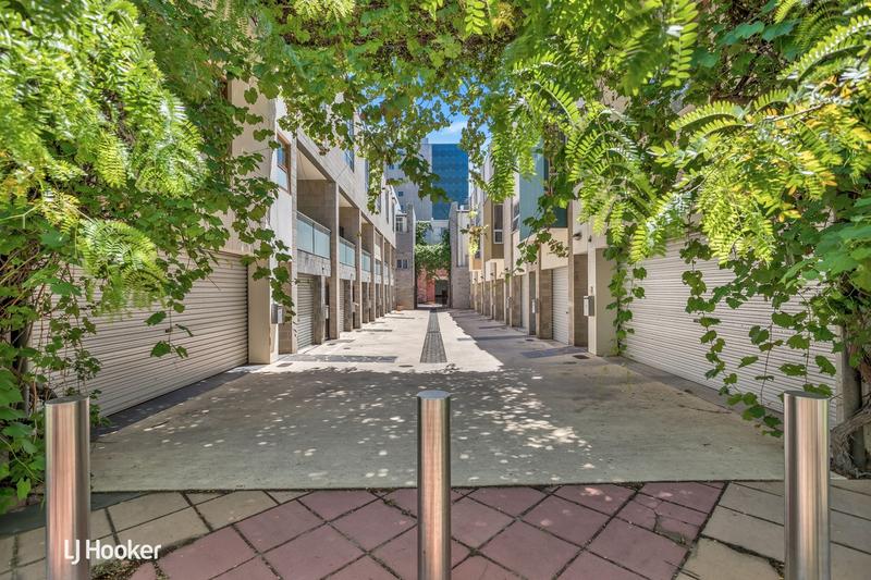 Photo - 8 Vicars Lane, Adelaide SA 5000  - Image 1
