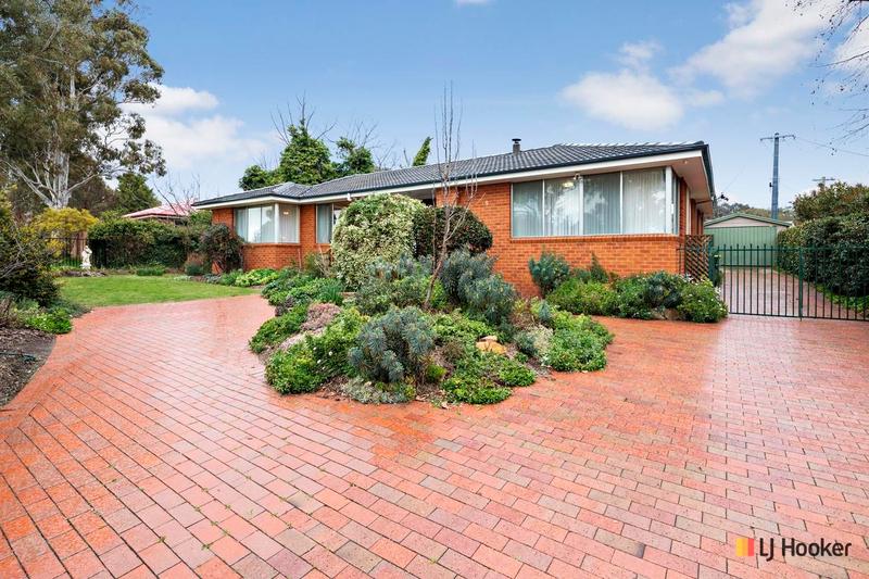 9 Lachlan Street, Macquarie ACT 2614