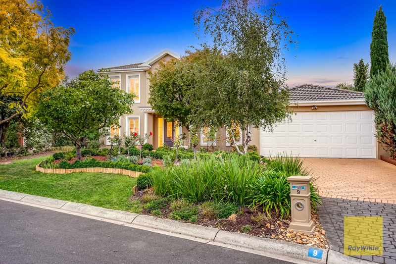 9 Sienna Place, Point Cook VIC 3030