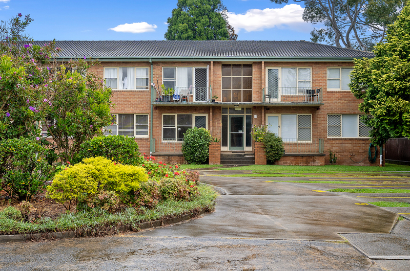 9/28A Henry Street, Ashfield NSW 2131