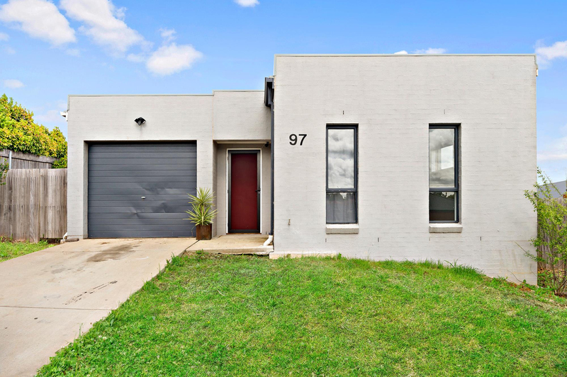 97 Macfarlane Burnet Avenue, Macgregor ACT 2615