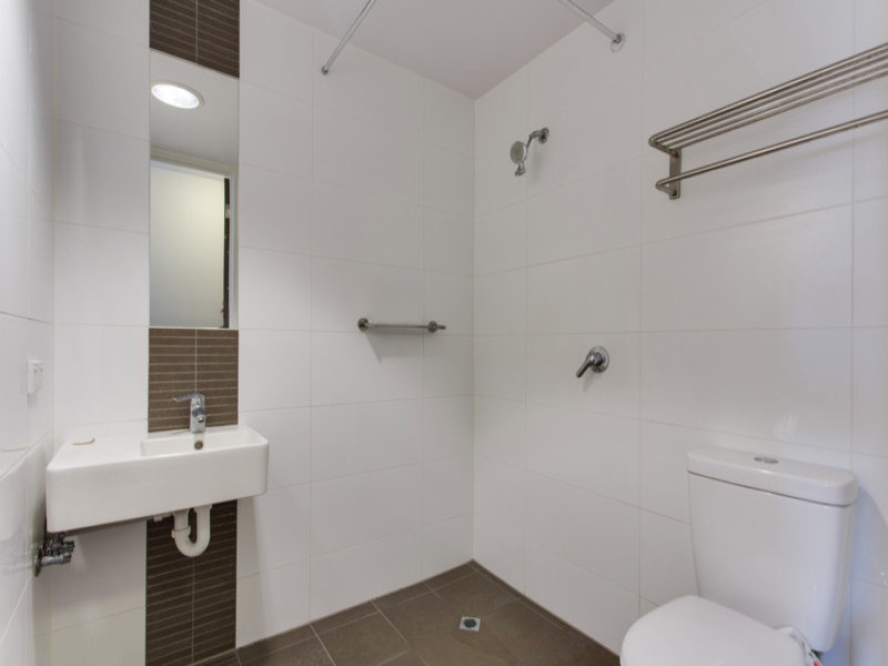 Photo - Apt 804, 304 Waymouth Street, Adelaide SA 5000  - Image 5